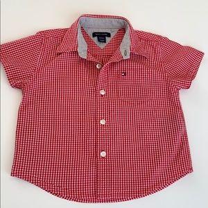Tommy Hilfiger shirt sleeve